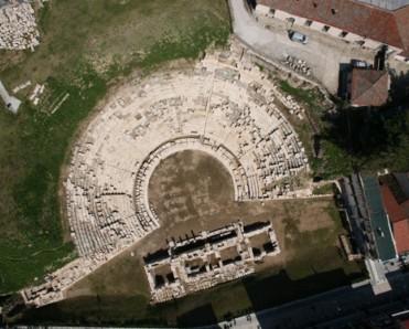 Αρχαίο θέατρο Λάρισας - copyright ΥΠΠΟ